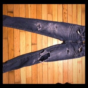 American eagle distressed skinny jeans